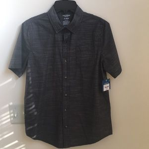 Arizona Jeans Co. Kids Button down Shirt.